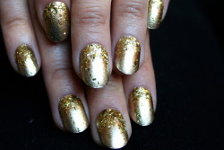 Gold gold gold. xx ManicMonday juliannemonday.com