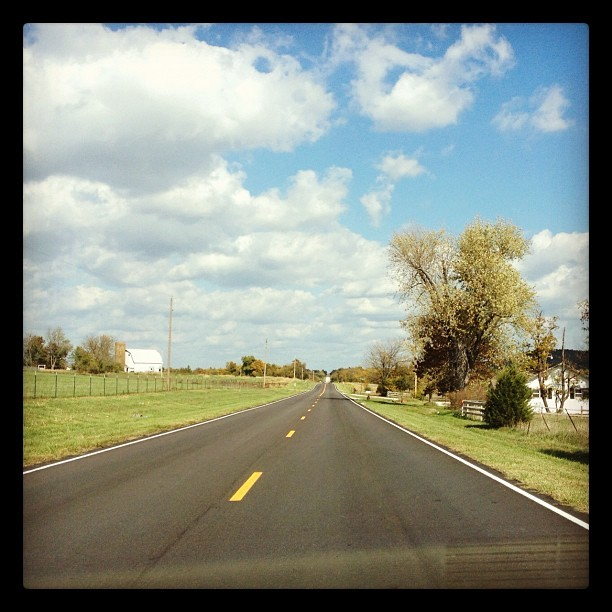 #sundaydrive (Taken with Instagram at Fair Grove)