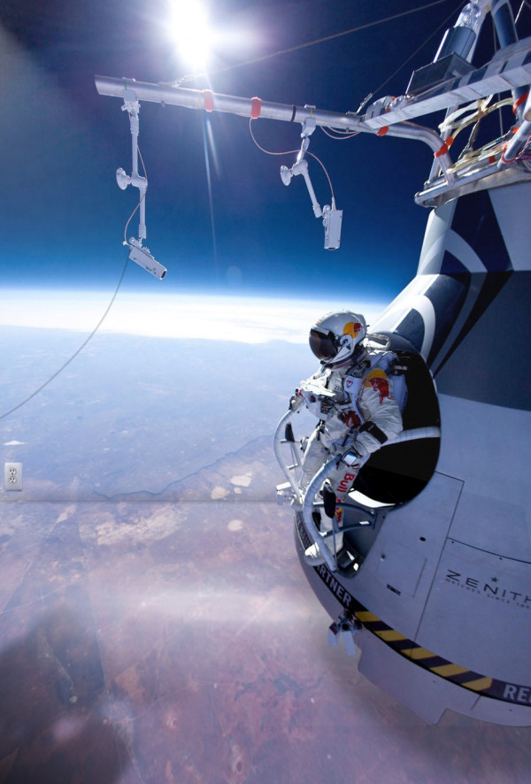 Fake Redbull Stratos is fake.