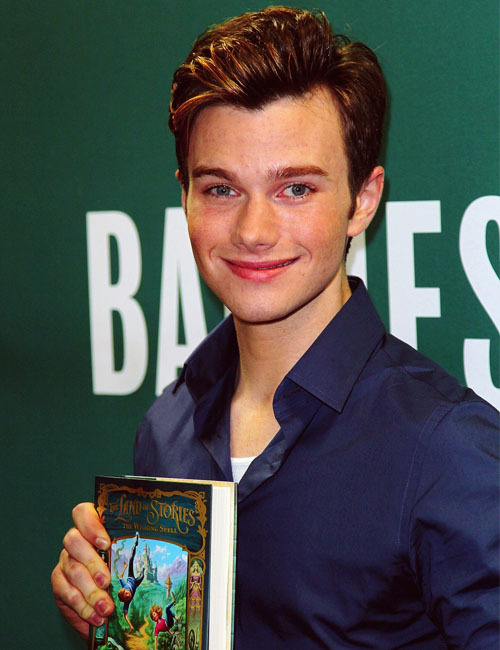 42/50 Pictures of Chris Colfer