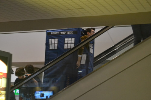holdenzo:  a doctor in a tardis going up the escalator. i am so amused by this.