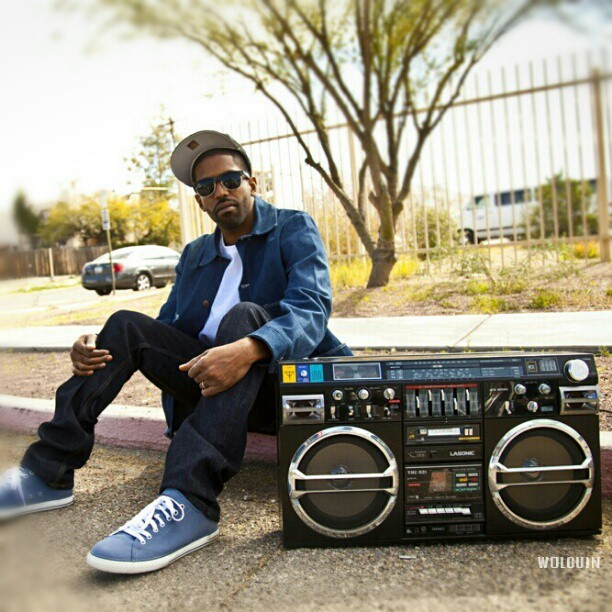 #murs #canon #5dmkii #streetphotography #boombox #tucson #photography #rap (Taken with Instagram)