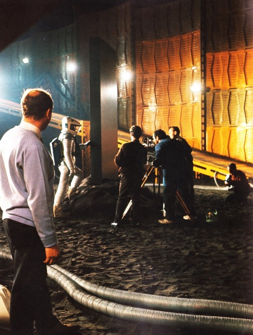 On the set of 2001: A Space Odyssey (1968, dir. Stanley Kubrick). (Via)