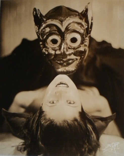 di-kot-o-me:  The Devil and The Dancer circa 1930's