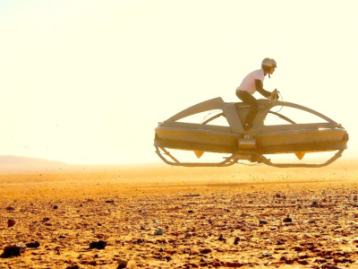 mikeacalles:  Flying hovercraft bike by Californian company Aerofex (inspired on Star Wars flying speeder!). More pics and video following the link through the image.