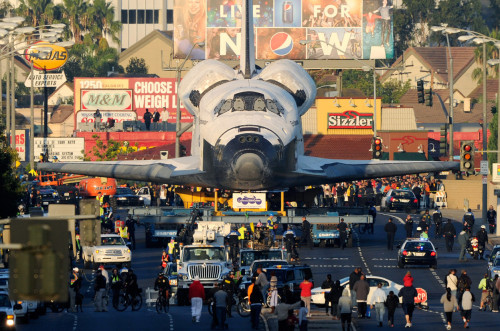 Endeavour in Los Angeles, credit: unknown.