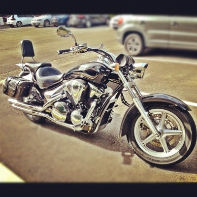 Wheelz #motorcycle #bike #honda #chrome (Taken with Instagram)