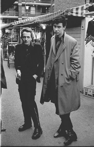 theclash48hours:  Joe Strummer with Mark Stewart of the Pop Group  mark stewart always reminds me of michael portillo