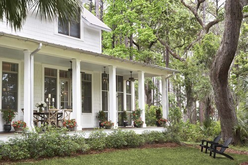 Palmetto Bluff home, SC. Linda McDougald Design | Postcard from Paris Home.
