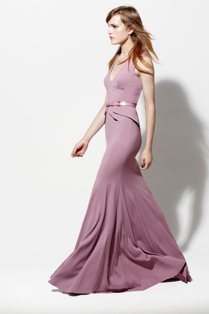 Simple and beautiful. (via Elie Saab Resort 2013 Collection)