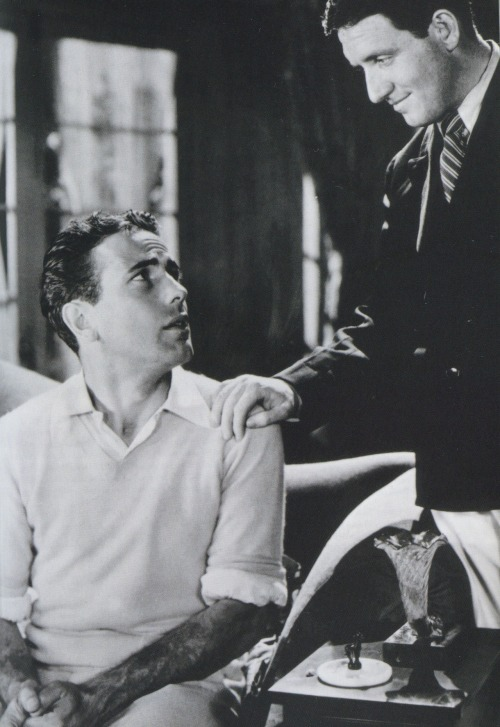 aladyloves:  Humphrey Bogart and Spencer Tracy in Up the River (1930)