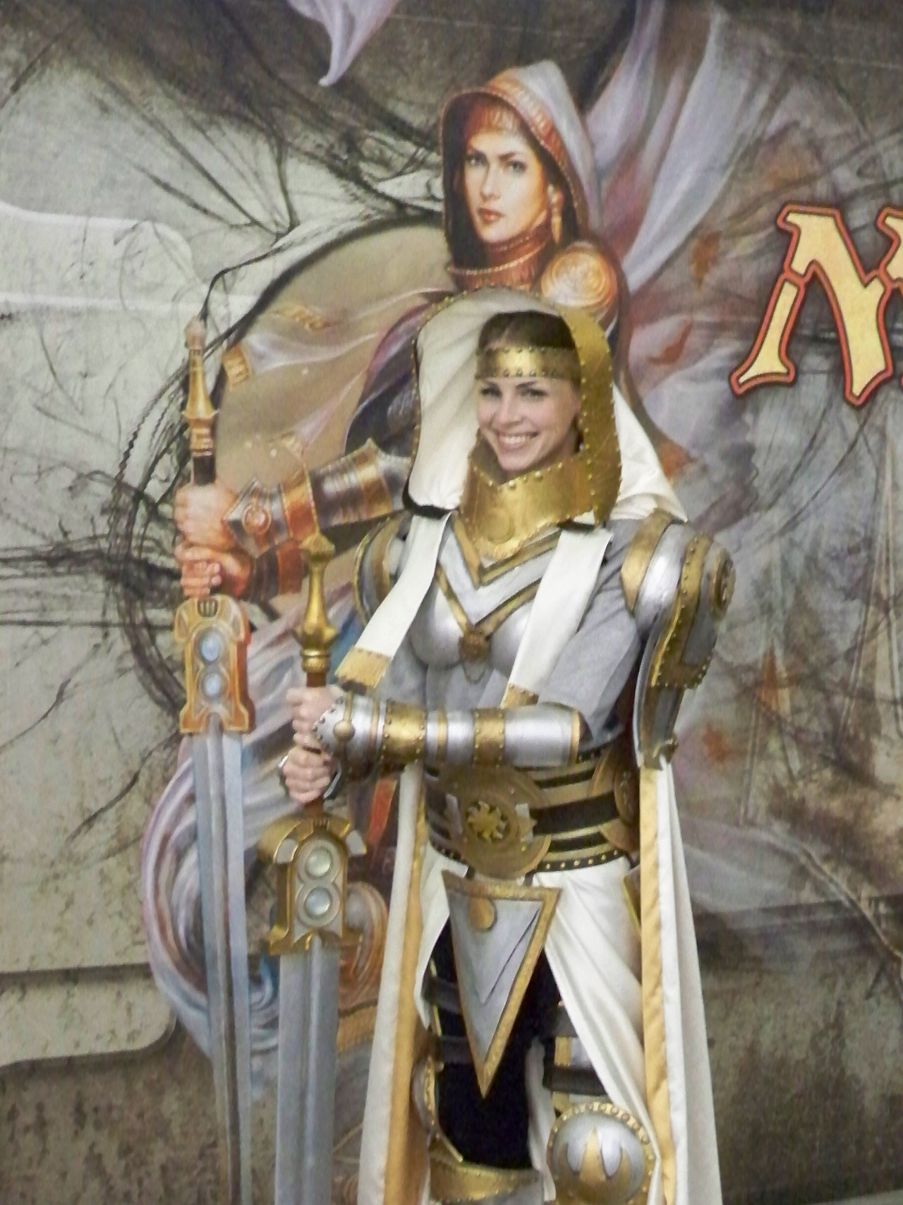 Amazing Elspeth, Knight-Errant cosplay!