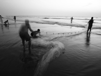 sebachuffer:  Fishermen / Goa, India   beautiful!!