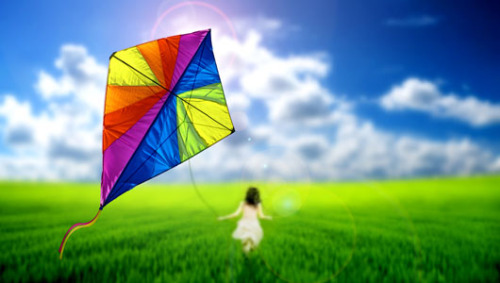 mothernaturenetwork:  Kite flying measures air pollution in ChinaProject created by 2 graduate students aims to measure air pollution in Chinese skies by flying kites with pollution sensors and lights attached.