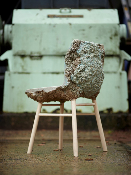 cjwho:  waste wood and bio-resin chair by marjan van aubel + jamie shaw