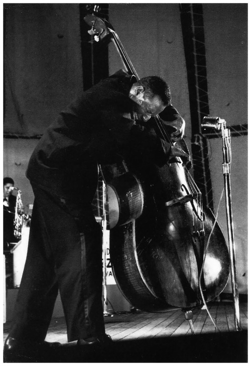 "Aaron Bell ""The Duke Ellington Group"", Randall's Island Jazz Festival, 1960 photo by Henri Dauman"