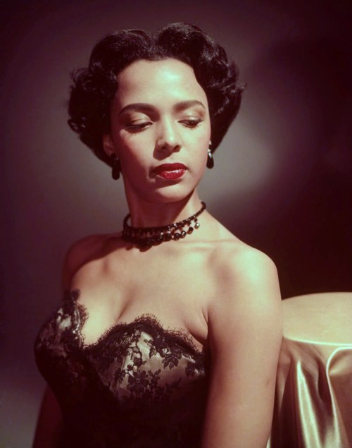 You glamorous icon, you. vigorton2:  Dorothy Dandridge
