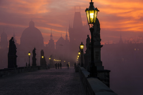 commanderspook:  travelingcolors  Charles Bridge, Prague, Czech Republic by Markus Grunau