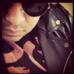 Me wearing @mimipop92 leather jacket and rocking it!!… #sexymen #menwithstyle #menwithleatherjackets #leather #jackets #learherjackets  #guyswithswag #swag #instagay #gay #hardcoregaymen #dailypic #picoftheday #goodmorning #octoberpicmonth (Taken with Instagram at My GAY little world)