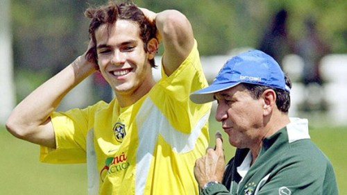 Kaka and manager Carlos Pereira, November 2003