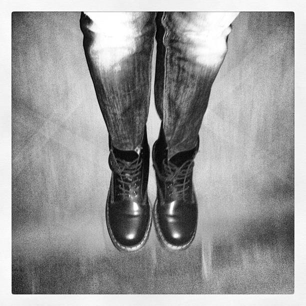 #me #drmartens #lonely #night (Scattata con Instagram presso Casa Moroni)