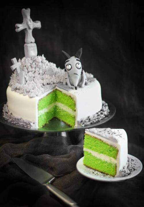 This Halloween, experiment with something tasty, like this #Frankenweenie inspired cake from SprinkleBakes! Recipe: http://di.sn/d4O