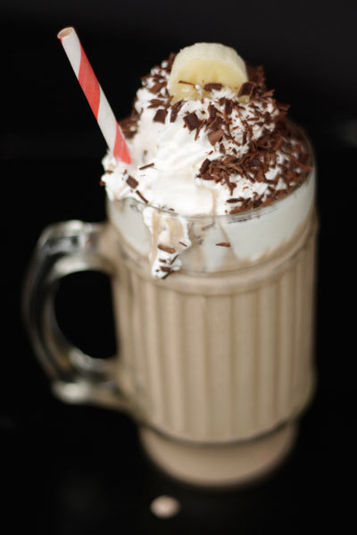 id-rather-have-food:  boozy banana milkshake.  ingredients:  for the roasted banana ice cream 3 medium-sized ripe bananas, peeled and cut into one-inch chunks
