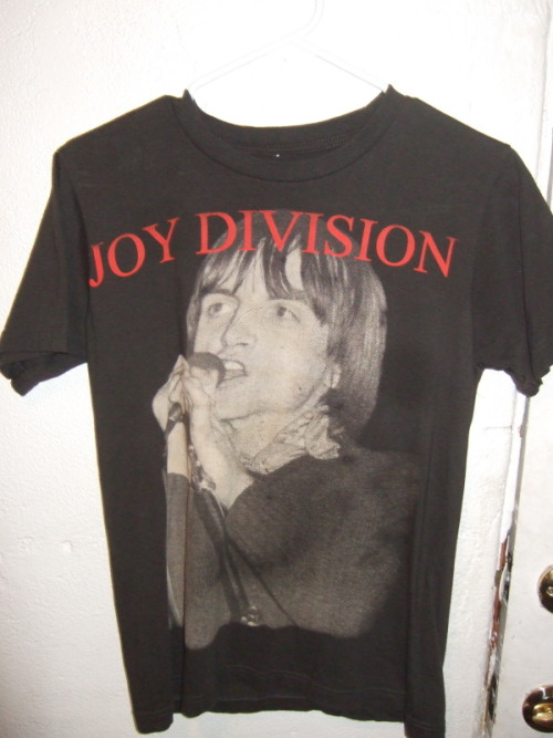 Joy Division / Mark E Smith Mash-Up T-Shirt Very amusing…Just begs the question if this was intended… I mean WTF?