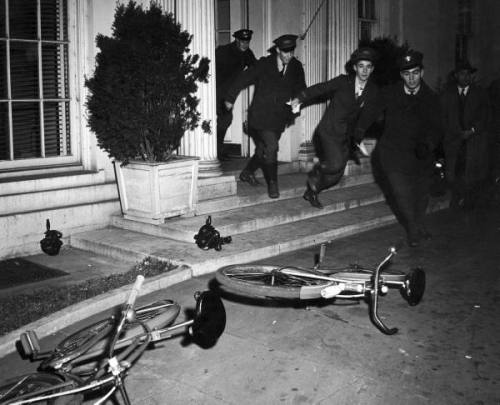 Western Union messengers leave the White House after news of the attack on Pearl Harbour