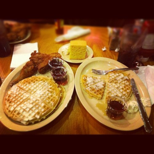 a-guest-of-slumberland:  I was recently introduced to Roscoes…… It's a way of life! #chickenandwaffles #waffles #cornbread #food #delicious #blackgenes (Taken with Instagram)  fucking finally!! took you long enough!