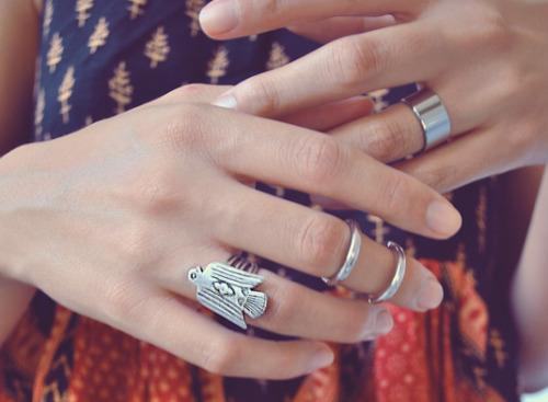 midi ring on Tumblr