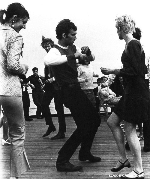 updownsmilefrown:  Gettin' down on a London boat trip, 1960's by Jan Olofsson