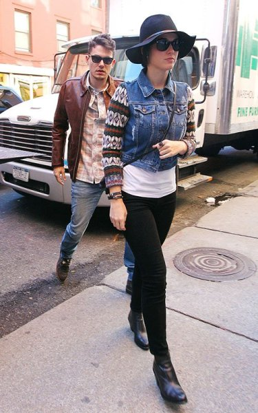 Katy Perry + John Mayer out in NYC today