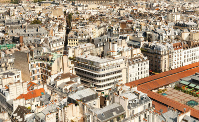 Paris 26 Gigapixels is a panoramic photography project that allows you to zoom in to a disturbingly intimate extent. The resulting image stitches together 2346 single photos into one sweepingly high-resolution view of Paris.