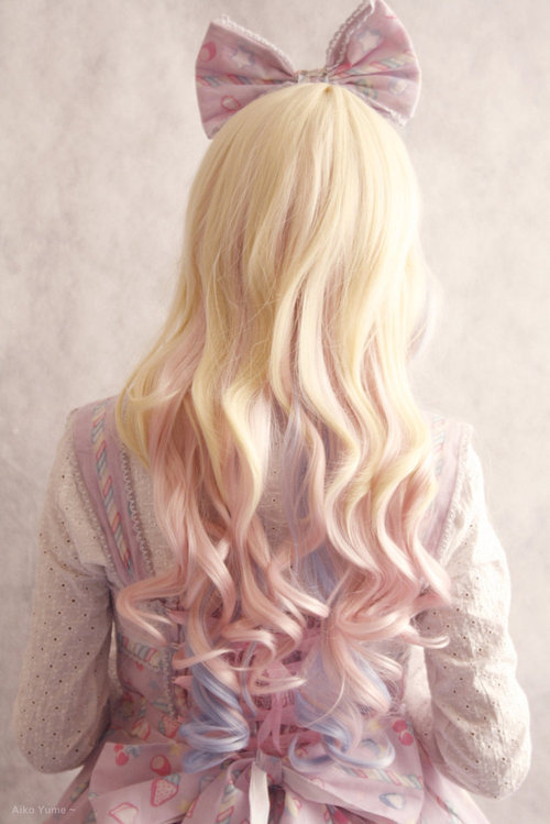 I want hair like this I don't care if it's fake.