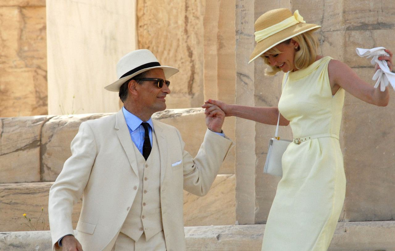 Viggo Moretensen and Kirsten Dunst filming The Two Faces of January in Athens, October 15th A Mediterranean vacation with Viggo in a gorgeous suit while wearing a beautiful yellow vintage dress?  This is my PERFECT DAY.