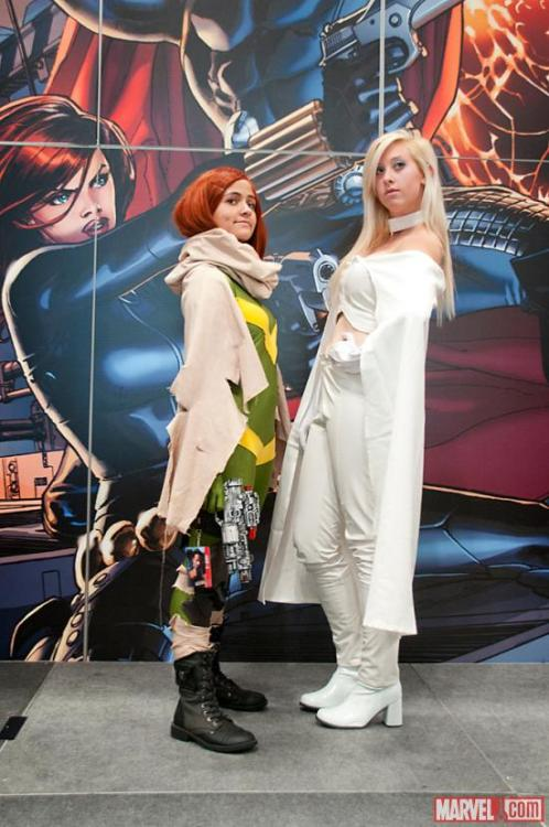 Ashleigh's Emma Frost cosplay from NYCC made Marvel.com! I AM TIGHT WITH ROYALTY~