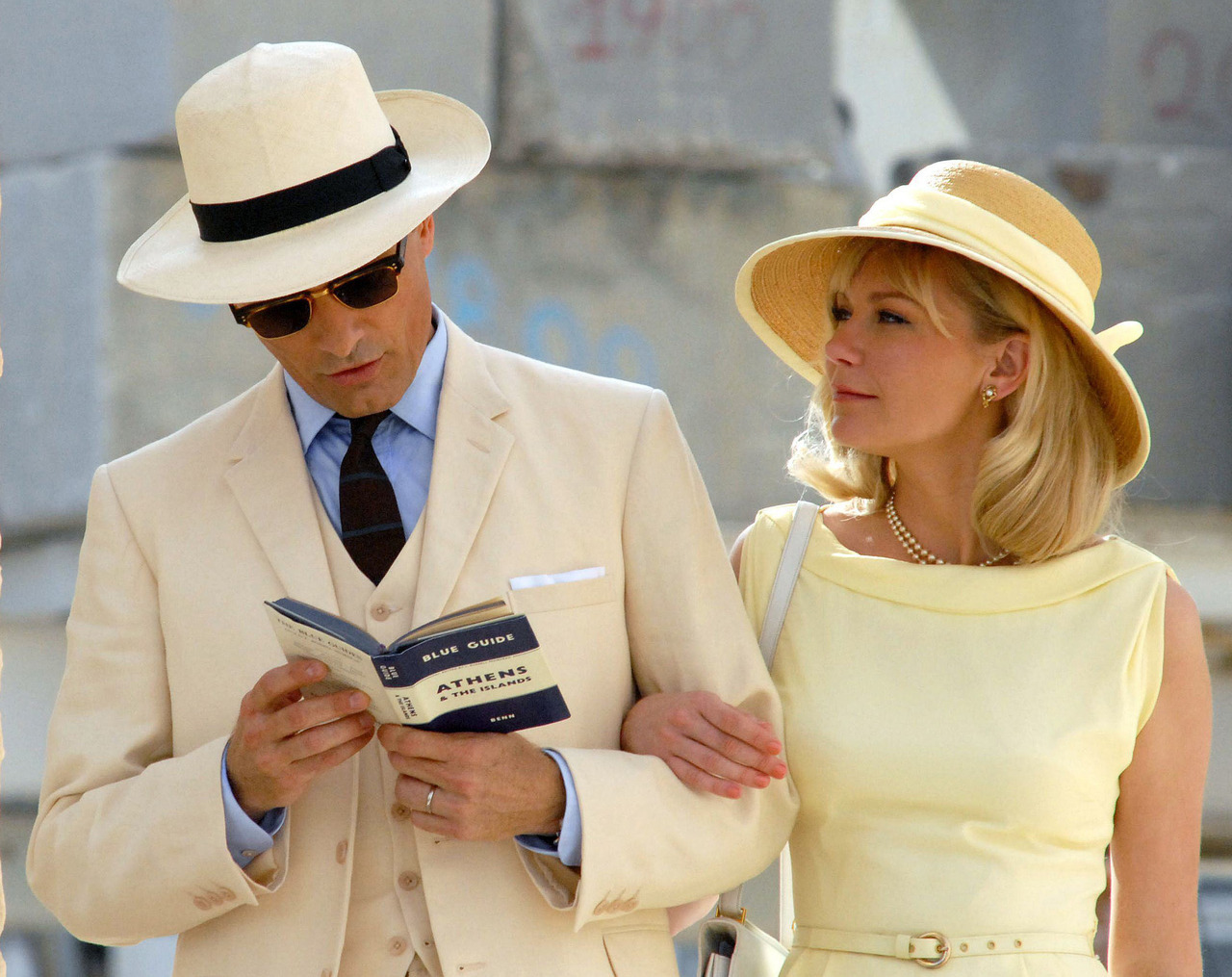Viggo Mortensen and Kirsten Dunst filming The Two Faces of January in Athens, October 15th
