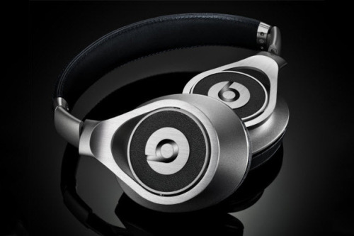 Beats By Dre 2012 Executive Headphones http://bit.ly/RzRuBz