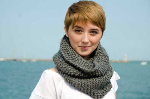 so-i-became-a-dancer:  Handknit Steel Gray Infinity Scarf by LeftyLindsey