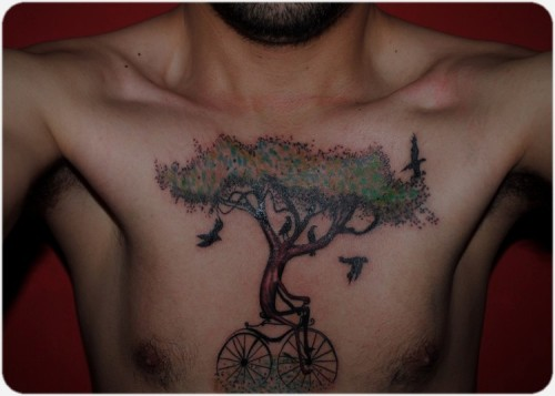 fuckyeahtattoos:  Tree-bike <3   Does love. Trees and biking I mean come on..