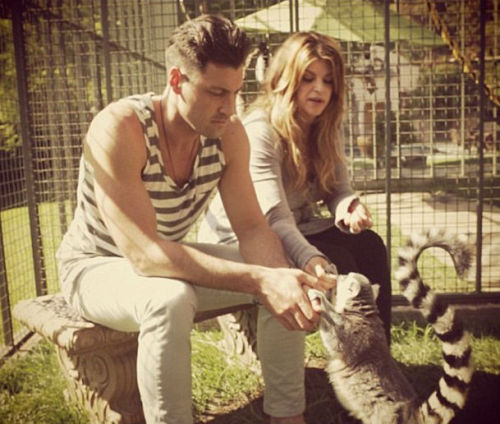 FYI Just so you know, Kirstie Alley keeps ring-tailed lemurs as pets , and has done for 30 years. They cost US$50,000 per year to maintain, and she has a provision in her will to provide for them once she pops her clogs.