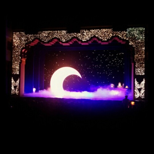Disneyland & the Aladin musical, how I miss you so :'( #throwback #Disneyland #California #Aladin #Musical #TakeMeBack  (Taken with Instagram)