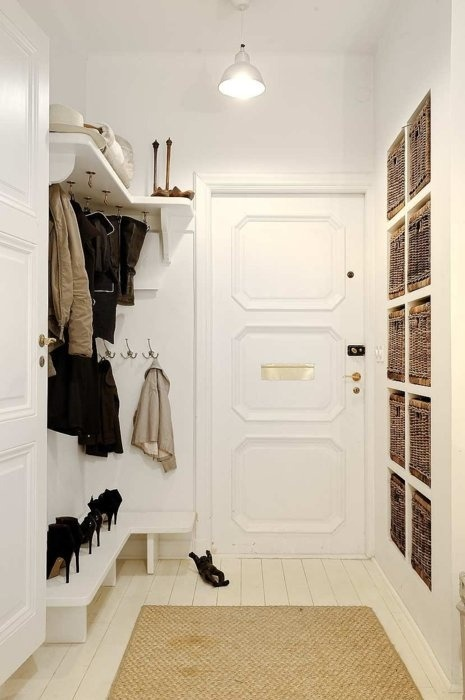 neat walk-in closet (via HOME DECOR / Mudroom.)
