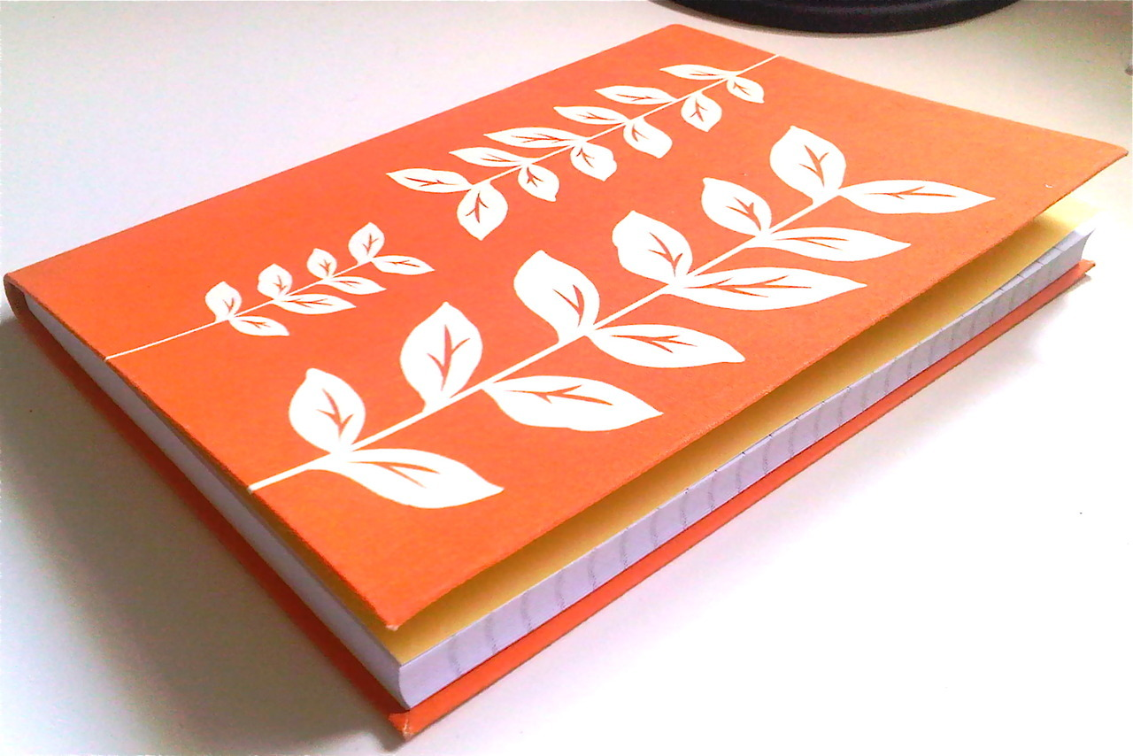 Orange Leafy NotebookGot this gift as a leaving thing + good luck for my new job! Thank you, *unnamed* lady of awesomeness :D:D I won't forget you ( 。・_・。)人(。・_・。 )