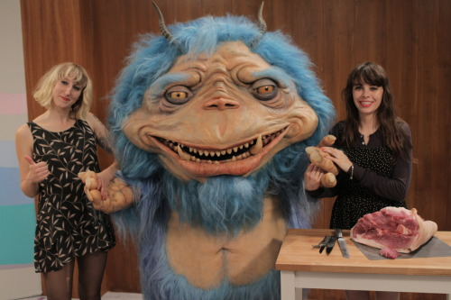 The Gorburger Show: Le Butcherettes Le Bucherettes is the latest band to appear on The Gorburger Show, risking death at the hands of the space monster's bloodlust for your entertainment.