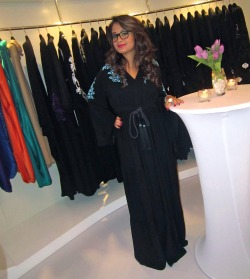 simplyafraa:  McQueen Abayas One of my most favorite abaya shops in Abu Dhabi. This shop sells very classy, yet daring abayas. This photo shows one of the Abayas, Which is my favorite Abaya.  Twitter: www.twitter.com/mcqueenabayas I do not own this picture.