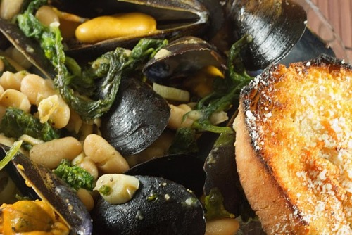 (via Tuscan Mussels | A Culinary Journey With Chef Dennis)