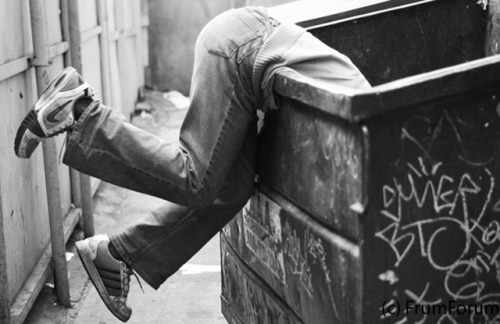 Dumpster Diving in NYC: Forget the Five Second Rule http://bit.ly/PClCAk
