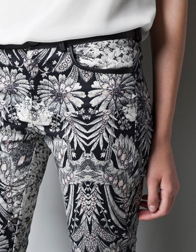 purebeachboho:  love pattern on pants